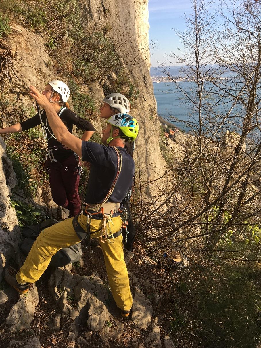 Die Kletterschule am Fels